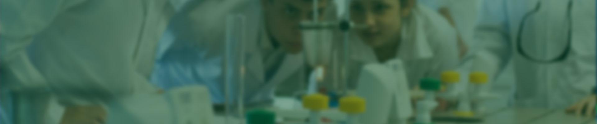 A geração e adoção de informações e novas tecnologias sempre foi um diferencial da Mineirão Sementes. Tal atuação visa acompanhar a evolução da agricultura, aperfeiçoando as práticas agrícolas de forrageiras e o desempenho produtivo das áreas cultivadas, com foco na eficiência produtiva de nossas sementes e na sustentabilidade dos recursos naturais.